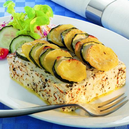 Salakis belegt mit Zucchini und Kartoffeln