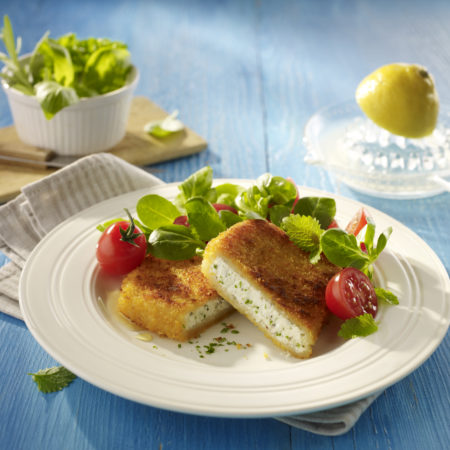 Salakis Backschafkäse mit Feldsalat