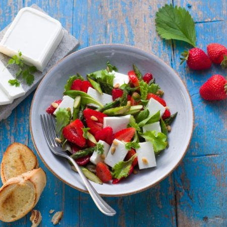Salakis Erdbeer-Spargelsalat