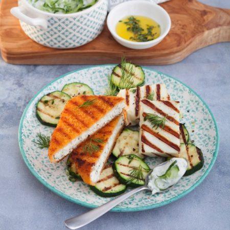 Veggie Grillteller mit Salakis Grill Cheese und Salakis Backschafkäse